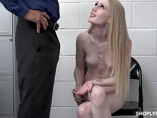 Blonde Thief